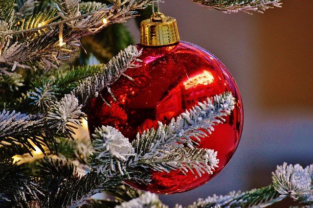 christmas-1079908_640