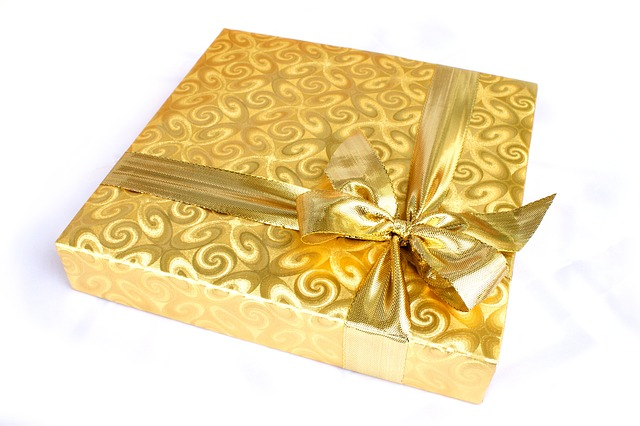 gift-1008897_640