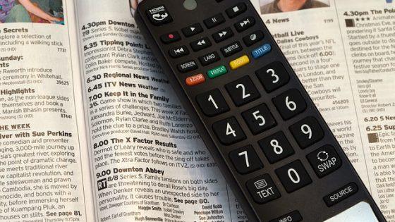 """España podría decir """"adiós"""" al doblaje de programas extranjeros en la televisión"""