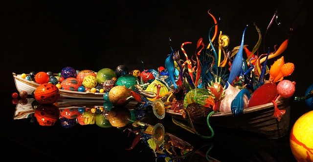 chihuly-832834_640