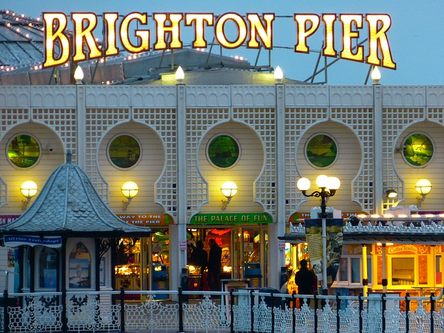 brightonneon-123521_640