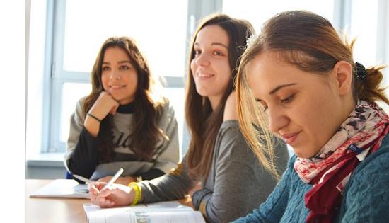 Descubre elegir la academia de idiomas