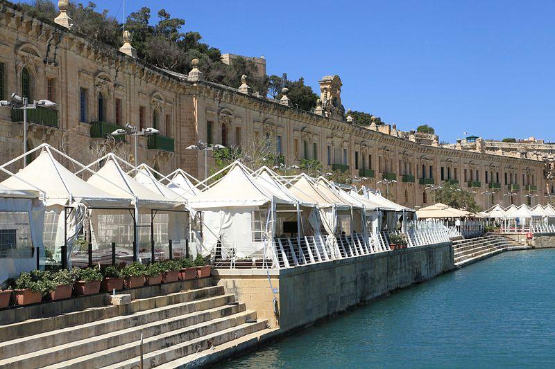Malta_-_Floriana_-_Valletta_Waterfront_+_Laguna_Marina_03_ies