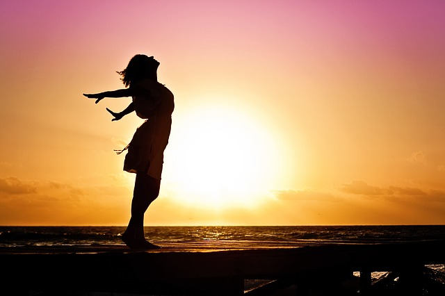 mujer-felicidad-libertad