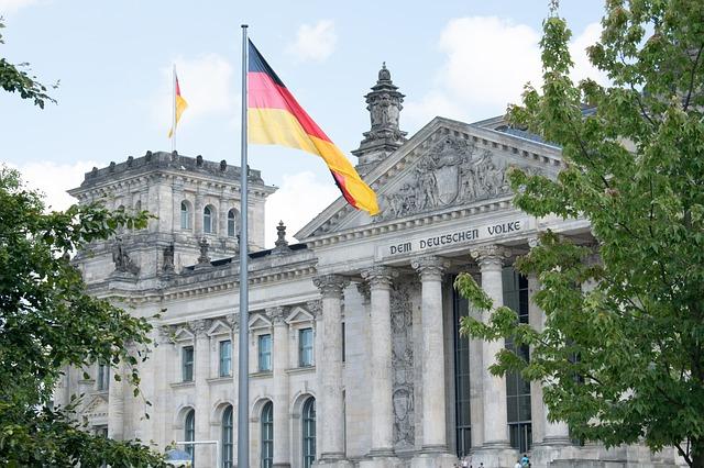 budynek Reichstagu w Berlinie Niemcy