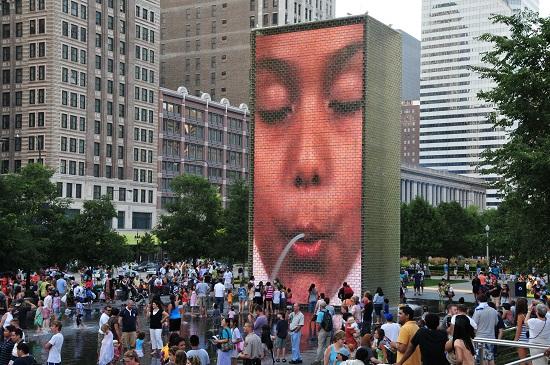 Chicago_-_Crown_Fountain_-_Millennium_Park
