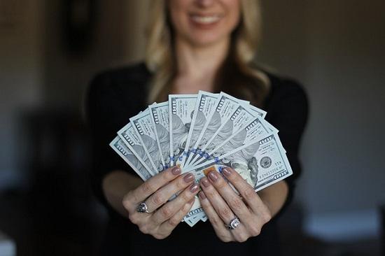 soldi-ricco-guadagno