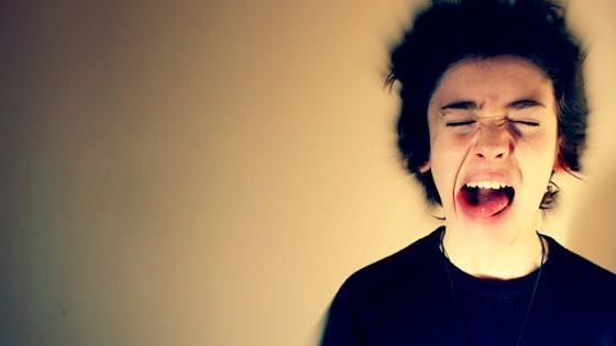 Wypalenie językowe może prowadzić do stresu